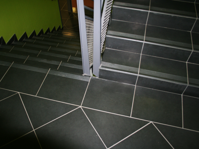 Carrelages Pour Escaliers D 39 Int Rieur B Timent Public Ou